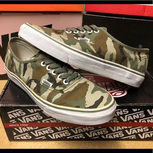 Vans Authentic - Camo - Sz 9.5